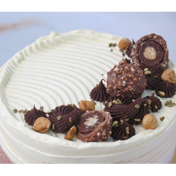 Dark Chocolate Hazelnut Praline Cake