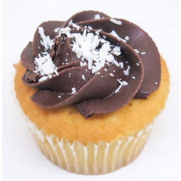 Boston Cream Pie Cupcake