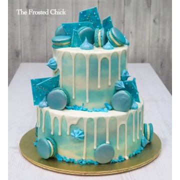 Macaron Shards drip cake with silver sheen