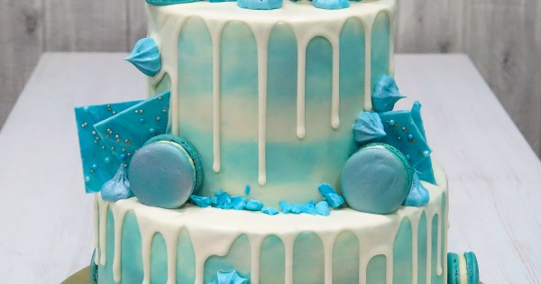 Macaron Shards Drip Cake With Silver Sheen