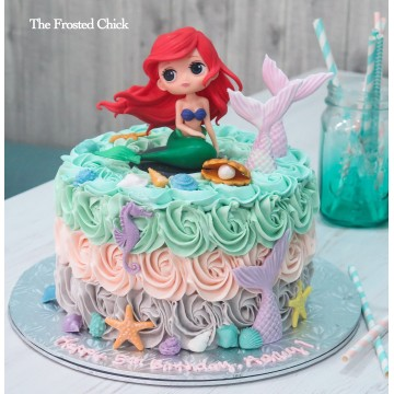 Pastel Rosette cake  with Little Mermaid Toy