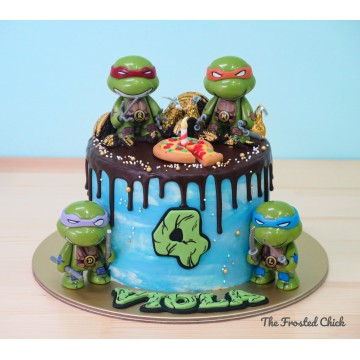 Drip cake with Teenage Muntant Ninja Turtles toppers