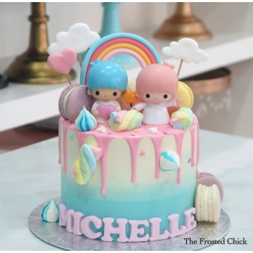 Pastel Rainbow x Macaron Drip Cake with Little twin stars toy topper